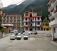 http://www.sunparkresorts.com/wp-content/themes/roya/images/Manali/manali-front-view.jpg