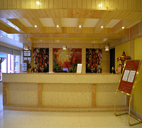 http://www.sunparkresorts.com/wp-content/themes/roya/images/Manali/manali-hotel-reception.jpg